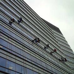 #warsaw #skyscraper #architecture #window #washers | Warszawa, Poland