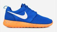 Nike Roshe Run M (Military Blue/White-Vivid Blue-Total Orange) Blue Sneakers, Sneakers Nike, Blue Orange, Blue And White, Nike Roshe Run, Nike Free, Nike Air, Footwear, Military