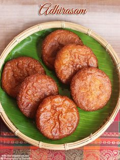 Adhirasam Recipe with step by step pictures! Indian Dessert Recipes, Indian Sweets, Indian Snacks, Sweets Recipes, Snack Recipes, Cooking Recipes, Indian Recipes, Indian Pudding, Appam Recipe