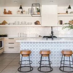 A Designer's Beautiful and Adaptive Home in the Southwest – Design*Sponge Chic Home, House Design, Decor, Southwest Design, Design Sponge, Kitchen, House Tours, Home, Accessible Kitchen