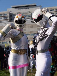 Power Rangers Series, Pink Power Rangers, Super Sentai Zyuohger, Ash And Dawn, Power Rangers Cosplay, Rangers Team, Film 2017, Japanese Superheroes, Gamers