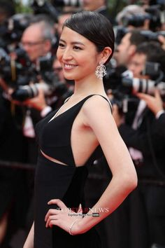 """Opening Ceremony & """"Grace Of Monaco"""" Premiere - The Annual Cannes Film Festival Beautiful People, Beautiful Women, Beautiful Goddess, Cannes Film Festival, Hot Actresses, Asian Beauty, Cool Girl, Formal Dresses, Celebrities"""