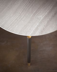 Iko - Design Rodolfo Dordoni - Collezione Flou 2015 - http://www.flou.it/it/collections/novelties2015 - Flou Collection 2015 - Coffee table Iko, design Rodolfo Dordoni, tubular steel structure burnished colour with brass details dipped in gold. Marble top - #coffeetable #table
