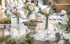 Vieux livres en location chez D DAY DECO #ddaydeco #decoration #deco #decomariage #decorationmariage #mariage #original #mariageoriginal #chic #mariagechic #wedding #livres #vieux