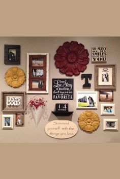 An example of a beautifully arranged galley wall. Take a close look on how neatly they are laid out. Wall Groupings, Frames On Wall, Wall Collage, Collage Ideas, Wall Art, Galley Wall, Family Wall, Inspiration Wall, Picture Wall