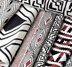 Tecidos com padronagem de inspiração indígena, desenvolvidos pela Arte Nativa (São Paulo - SP)
