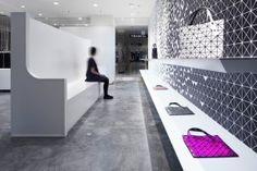 Interactive interior facade Issey Miyake Moment Design Tokyo 04