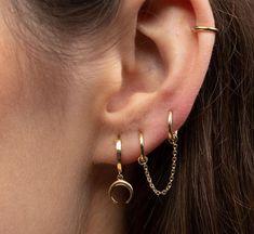 Ear Jewelry, Cute Jewelry, Body Jewelry, Jewelery, Jewelry Accessories, Jewelry Necklaces, Ohrknorpel Piercing, Bijoux Piercing Septum, Double Piercing