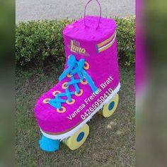 Piñata patín soy Luna ! #piñataspzo #soyluna2 #eventosoyluna #piñatasvanesafreites #piñatasenargentina #pinatasargentina #fiestasoyluna #cumplesoyluna #Argentina #piñatasenbuenosaires