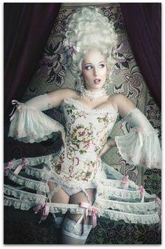 Marie Antoinette Costumes | Homemade Marie Antoinette Costume ...