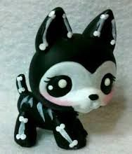 . Such a cool Littlest Pet Shop I need to get this one!
