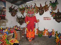 ANTROPOLOGÍA Y ECOLOGÍA UPEL: Pueblos de Venezuela - Diablos Danzantes de Yare