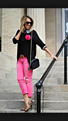 I love this style I think it would be a great winter/fall outfit when it gets chilly and instead to wear leather boots