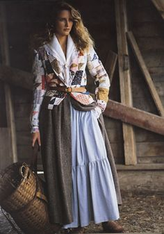 Nicolette Ervin-Rogers- during the a popular day wear trend among women was the prairie look. This particular look is from a Ralph Lauren collection in 80s Fashion, Fashion History, Vintage Fashion, Fashion Trends, Farm Fashion, Cowgirl Fashion, Petite Fashion, Fashion Photo, Street Fashion