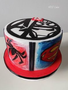 Marvel heroes by MOLI Cakes