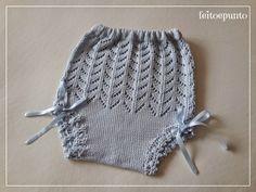Unas braguitas de perlé para combinar con todas s. Baby Knitting Patterns, Baby Patterns, Crochet Patterns, Knitting Projects, Baby Dress, Knitted Hats, Crochet Top, Children, Kids