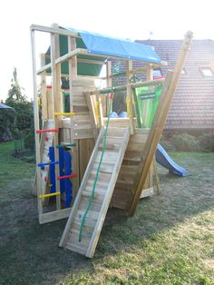 Jungle Gym around the world 🌍 A great climbing frame with boat module for lots of climbing!