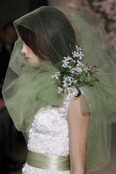 Beauti nd grt style dresss nd colours.......