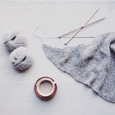 By @bykiddycut coffee yarn and knit