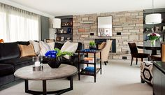 Family Room designed by Elizabeth Metcalfe Interiors. Photography by Stillmoments Photography.