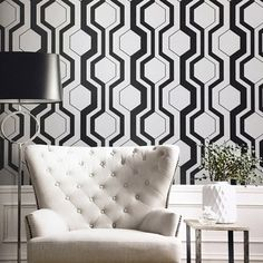Slate Hill Wallpaper from Seabrook New Hampton Wallpaper Book. Honeycomb. Geometric. Comes in Charcoal, Beige, Taupe, and Pearl. #Wallcoverings #Homedecor #SmallBusiness #DIY #BuyAmerican #geometricwallpaper #moderndecor New Hampton, Geometric Wallpaper, Black And White Design, A 17, Honeycomb, Modern Decor, The Hamptons, Slate, Wall Murals