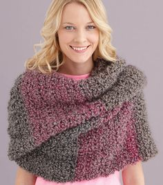 Love this cozy shawl (with giant stripes!) #crochet @Lion Brand