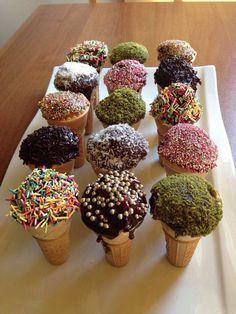 Külahlı Kek Nasıl Yapılır? Külahlı Kek Yapılışı yapımı hazırlanışı kolay pratik resimli denenmiş oktay usta Külahlı Kek