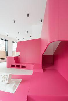 Inside, Vienna, Maki Ortner, conversion, medical practice, color, playground, Lukas Schaller