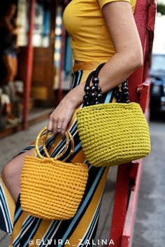 Bag of knitted yarn cotton yarn. Crochet bag handmade bags diy orange yellow mustard olive colors The post Handmade knitt Crochet Clutch, Crochet Handbags, Crochet Purses, Crochet Bags, Crochet Shell Stitch, Bead Crochet, Finger Knitting, Knitting Yarn, Handmade Handbags
