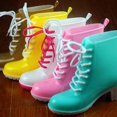 Heeled rain boots