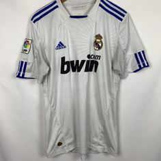Ok condition  Lettering on back peeling shown in last photo  Signs of use  Condi... #condi #condition #lettering #peeling #photo #shown #signs Madrid Soccer Team, Real Madrid Football Club, Adidas, Sport Photography, Polo Ralph Lauren, Lettering, Signs, Sports, Mens Tops
