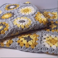 Love the color combo!  Yellow & Gray Twin Blankets