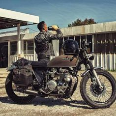 caferacerpasion.com Rkhoob with his Honda BratStyle [TAGS]...