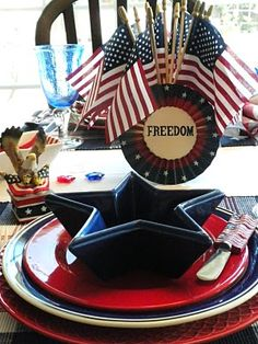 MEMORIAL DAY TABLESCAPE  http://cottageinthemaking.blogspot.com/2010/05/memorial-day-tablescape.html