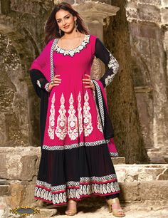 Buy the latest designer anarkali suits at Lashkaraa b3613f996