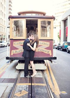 BRIDES Northern California: San Francisco's Best Engagement Photo Locations