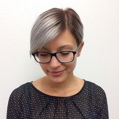 You always keep your eyes on the prize. Silver, polished pixie for the win. Silver Blonde, Silver Hair, Smart Styles, Girls With Glasses, Styling Tools, Pixie Haircut, Hair Tools, New Hair, Hair Inspiration