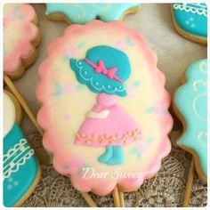 Girl Cookie // D. Sweet - Handmade Creative Cookies