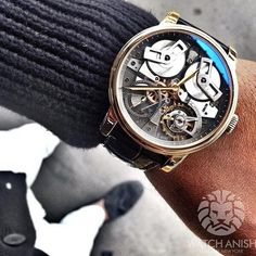 Sweater weather here today! Rose gold Arnold and Son TB88 on the wrist @Arnoldandson pic.twitter.com/0zjzuL0pMs