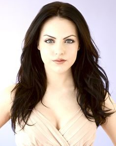 Liz Gillies want her hair, makeup, and eyes:)