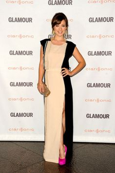 Olivia Wilde attends the Glamour Reel Moments 2011 – held at the Directors Guild of America in Los Angeles in a J. Mendel dress paired with Brian Atwood shoes.