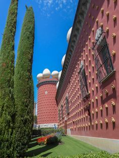 Dalí Theatre and Museum, Figueres, Spain.