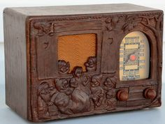 "Vtg 1939 Working Emerson Model 247 ""Snow White"" Tube Radio Repwood 