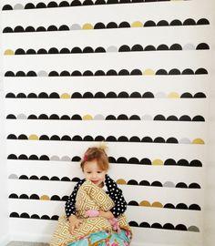 Scalloped Wall DIY via @Alison Faulkner || #stokke #modernparent