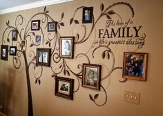 Diy family tree wall mural creative living with and page family tree mural modern home interior . Family Pictures On Wall, Family Picture Frames, Family Tree Photo, Display Family Photos, Picture Wall, Hang Pictures, Picture Tree, Wall Photos, Picture Ideas