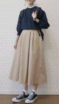 Korean Street Fashion, Asian Street Style, Korean Girl Fashion, Muslim Fashion, Modest Fashion, Look Fashion, Farm Fashion, Street Hijab Fashion, Japan Fashion