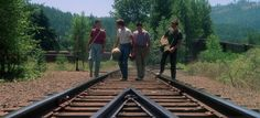 The 70 Most Beautiful Cinematic Shots in Movie History Stand By Me The 70 Most Beautiful Cinematic Shots in Movie History - BlazePress Reservoir Dogs, Dark City, Forrest Gump, Blade Runner, Skyfall, Fury Road, Thelma Et Louise, Film Composition, Memories Of Murder