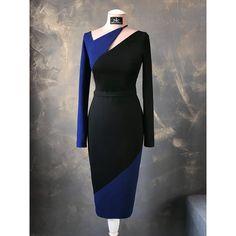 Платье футляр из плотного трикотажа от Prada. Блочное сочетание темно-синего с чёрным. Тонкий ремешок. Красивая линия декольте. Лиф на шелковой подкладке. Платье выполнено на заказ дистанционно✂️ По всем вопросам заказа открыт директ и вотсап 89216483512 Доставка по всему миру. #ателье #ателтеспб #платье #индивидуальныйпошив #пошивназаказ #красота #мода #стиль #костюм #вечернееплатье #atelier #best #beautiful #dress #dresses #designer #love #details #suit #fashionstyle #fashiondesigner ...