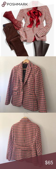 Talbots Check Blazer NWT!! A true New England classic, the Shetland Check Jacket pairs a quintessential fall pattern with a structured fit. Lightweight wool blend with a soft-touch nap, detailed with welt and patch pockets and elbow-patch long sleeves. Fully lined. Wool/polyester/viscose. Size 4P. Talbots Jackets & Coats Blazers