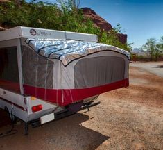 PopupGizmos- solar reflective covers to cool/warm your pop-up camper! (Pop Up Camping Hacks) Camper Hacks, Diy Camper, Camper Storage, Diy Storage, Camper Van, Storage Ideas, Best Pop Up Campers, Pop Up Tent Trailer, Popup Camper Remodel